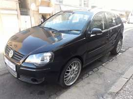 Polo 1.6 R 60000 negotiable