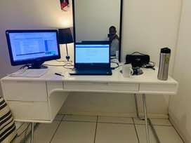 @home white gloss desk swop with a TV or washing machine..
