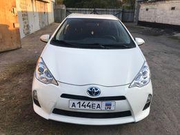 Toyota Prius C 2014 ГОДА