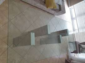 8 seater glass table