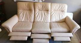 Leather recliner lounge set