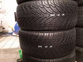 305/45/20 Tyres