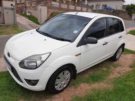 2011 Ford figo urgent sale R70 000 chatsworth