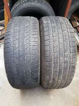 2 very good Kumho Solution tyres 265/60/18 for sale call or whatsapp