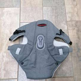 Chelino infant baby carrier (FREE breastfeeding cushions & Baby Womb W