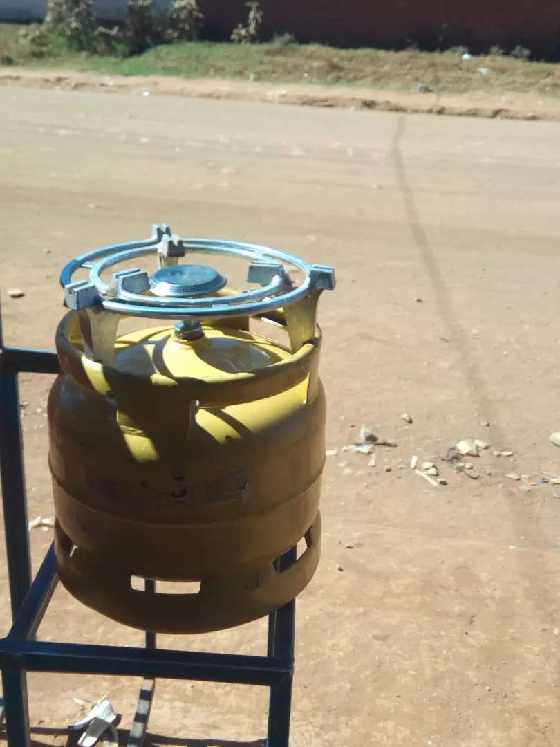 Gas cylinder on sale 0