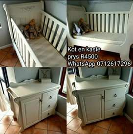 Solid Wood French style baby cot and compactom