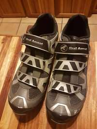 Image of Bicycle Pioneer SHOES size 7 + Shin pedals bought it today 29/11/2016