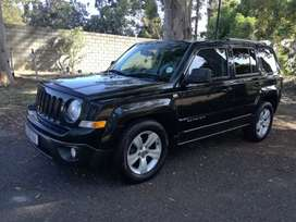 Jeep Patriot 2.4L ( limited AT)