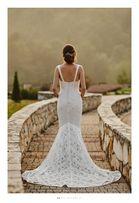 Suknia ślubna w stylu boho Lillian West model 6425 kolekcja 2017/2018