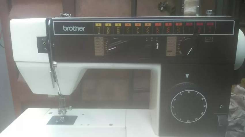UK used Brother sewing machine 0