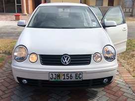 2007 Polo hatchback 1.6 White  Price negotiable  (Sale as is)  To insp