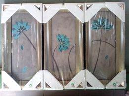 Reprodukcje- Obrazy z niebieskim kwiatem na srebrno-szarym tle / 15x35