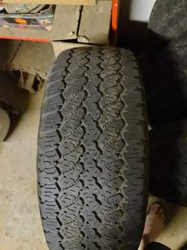Used 17/265/65 tyres