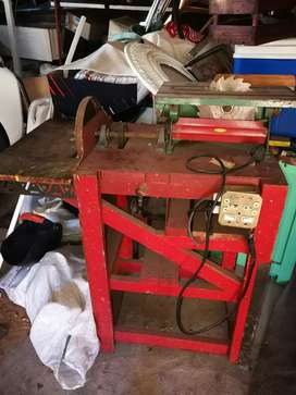 Lathe & table saw. To Swop for a log saw or heavy duty table saw.