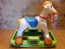 Лошадка Chicco Rodeo. Конь-качалка каталка