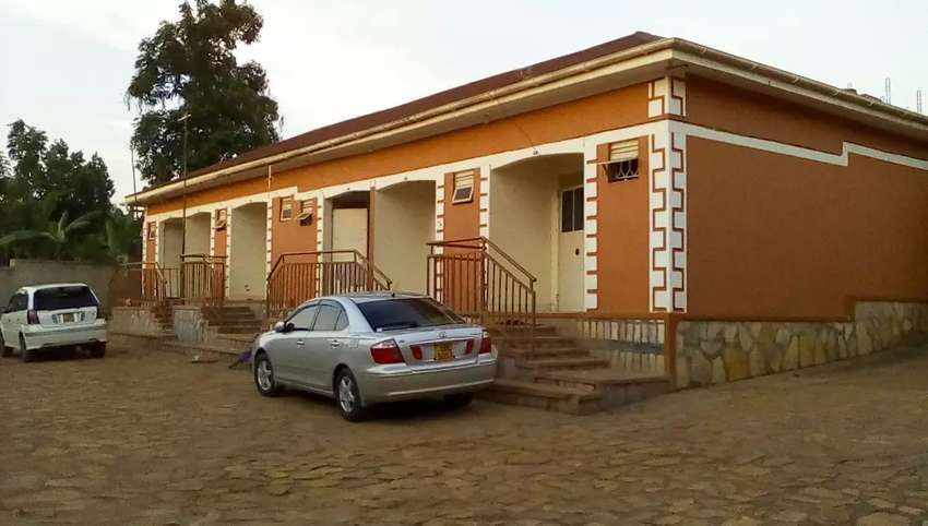 Double self-contained for rent located within Kasangati 0