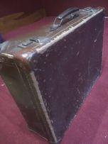 Zabytkowa walizka lata 50-60 ubiegłego stulecia