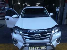 TOYOTA FORTUNER FOR SALE AT VERY GOOD PRICE