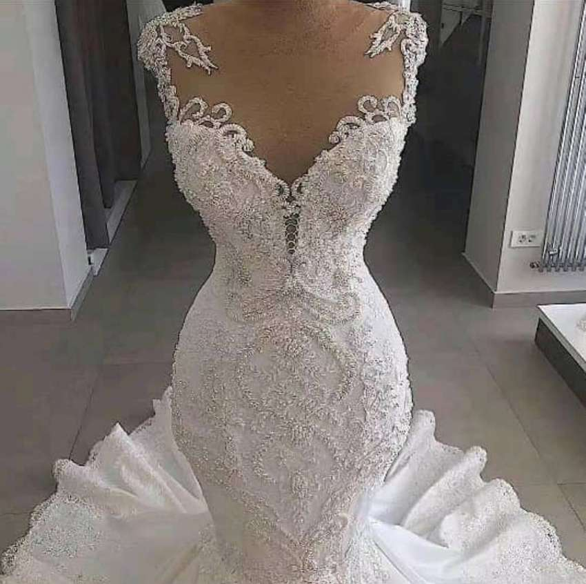 Wedding gown for Sale/Rent 0