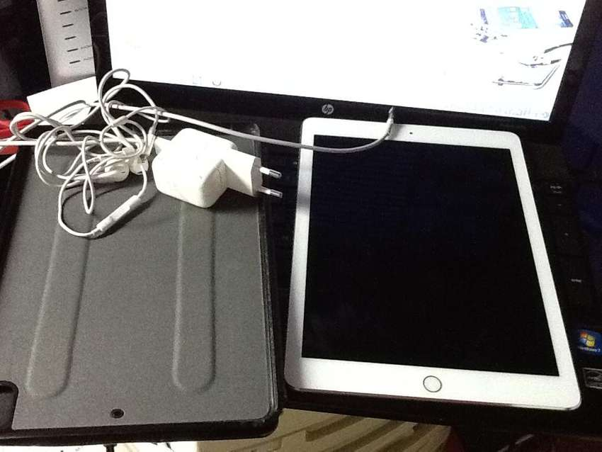 Cellphones and iPad 0