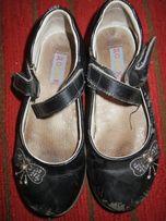 Туфли на девочку 30р.