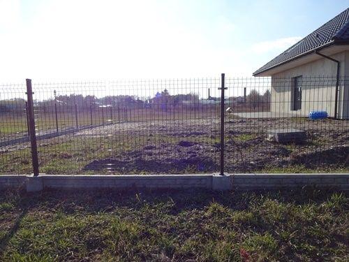 Wytrzymały panel ogrodzeniowy przetłaczany Września - image 2
