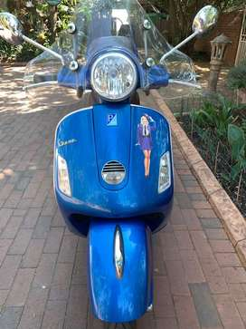 Vespa 250 GTS ie for sale