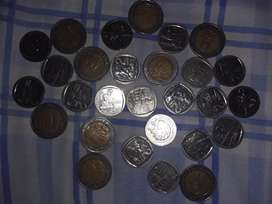 Special R5 and R2 coins