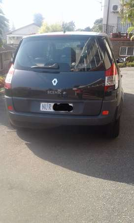 Selling Renault Scenic