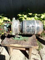 Продам электродвигатель от швейной машинки