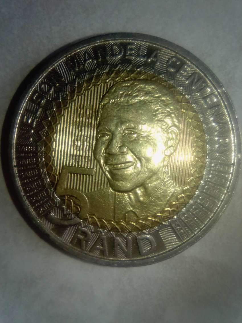 I'm selling 2018 Nelson Mandela centenary Coin silver and gold 0