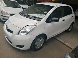 Toyota Yaris Hatch T3 2009 model in a very good condition