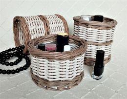 Подставки под косметику, кухонные принадлежности, концелярию плетеные.