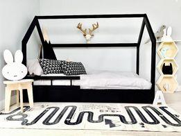 Czarne Łóżko DomeK HouseBed, WoodenheavenEu, barierki 140,160,180,200