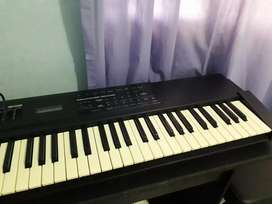 Keyboard Roland XP10
