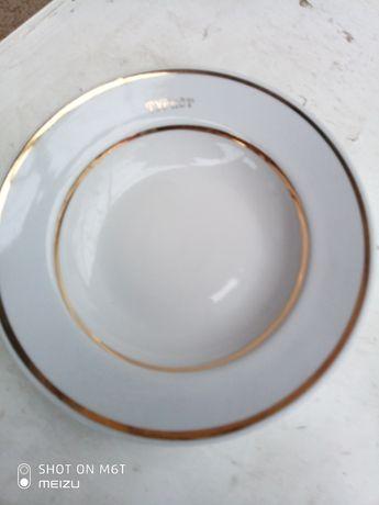 Продам тарелки полупорционные