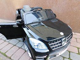 Samochód na akumulator: Mercedes ML350 VIP
