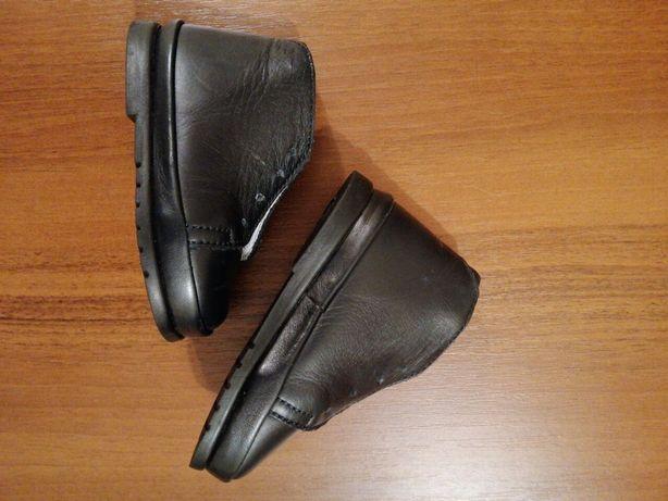 Италия. Фирменные кожаные ботиночки для малыша. 19р. Сумы - изображение 2