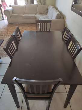 6 seater Dinning table and chairs - relocation - must go