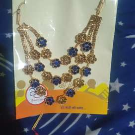 Necklace price 200