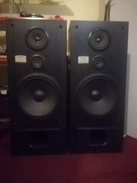 Pioneer CS-R570 Speakers
