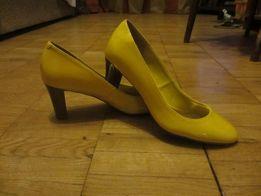 Туфли-лодочки женские