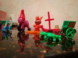 Набор игрушек из киндеров