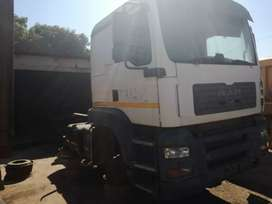 2010 MAN tga 33 400 stripping for spares.