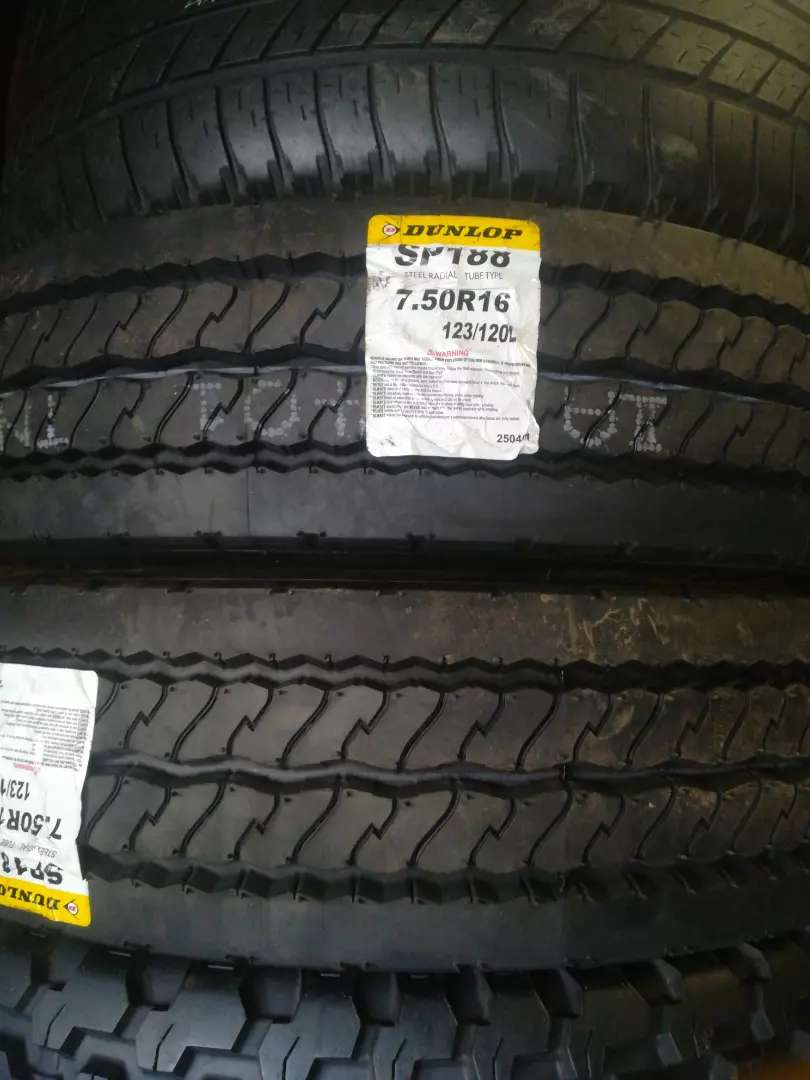 New Dunlop 7.50 R16 Truck Quality tyres 0