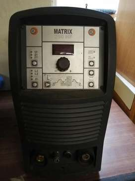 Matrix 250HF wielding machine