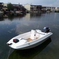 моторная пластиковая лодка AXON 410