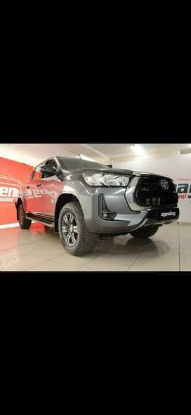 2021 Toyota Hilux 2.4 GD-6 RB Raider (manual)
