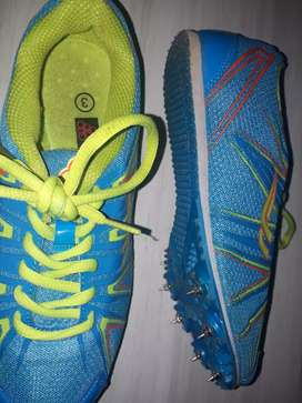 Spikes size 3